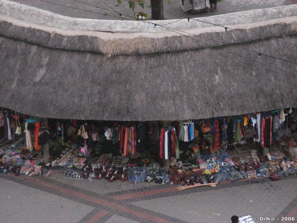 Les petits vendeurs de babioles à Durban