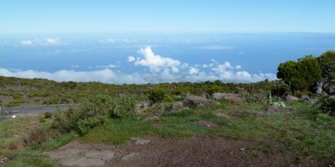 vue sur la mer depuis le Piton Maïdo