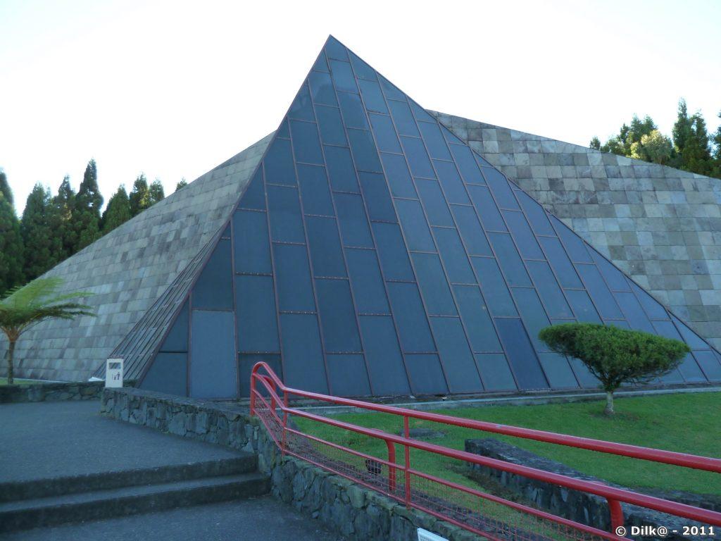 la maison du Volcan à Bourg-Murat