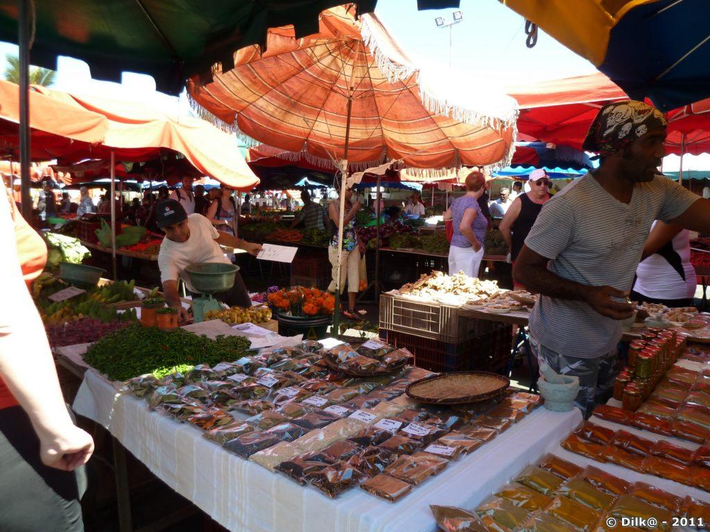 les épices au marché de Saint-Paul