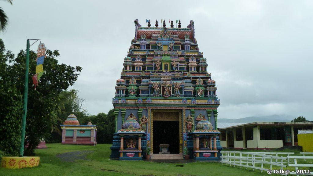 le Colosse : le plus imposant temple Tamoul de l'île