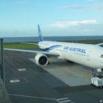 l'avion à l'aéroport de Saint-Denis Roland Garros