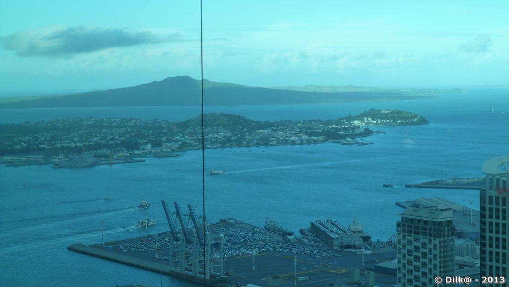 Le port et l'île de Rangitoto