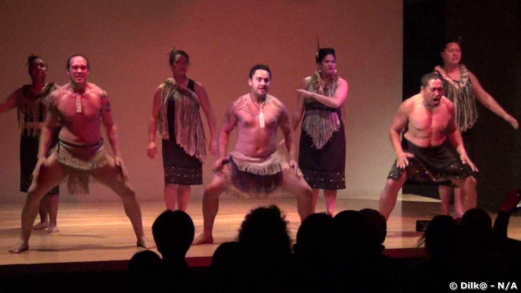 Danses maoris au musée d'Auckland