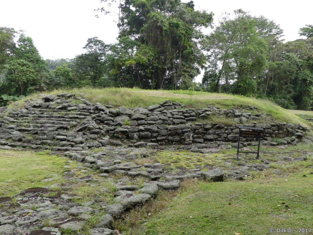 tertre du chef (Monumento Nacional Guyabo)