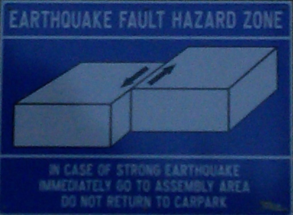 En cas de tremblement de terre, ne retournez pas au parking…