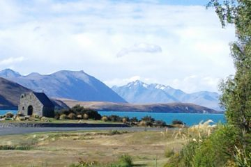 Le lac Tekapo et Church of the good Shepherd