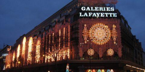 Les Galeries Lafayette avec les illuminations de Noël