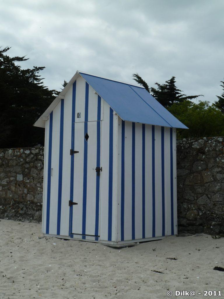 une cabane de plage