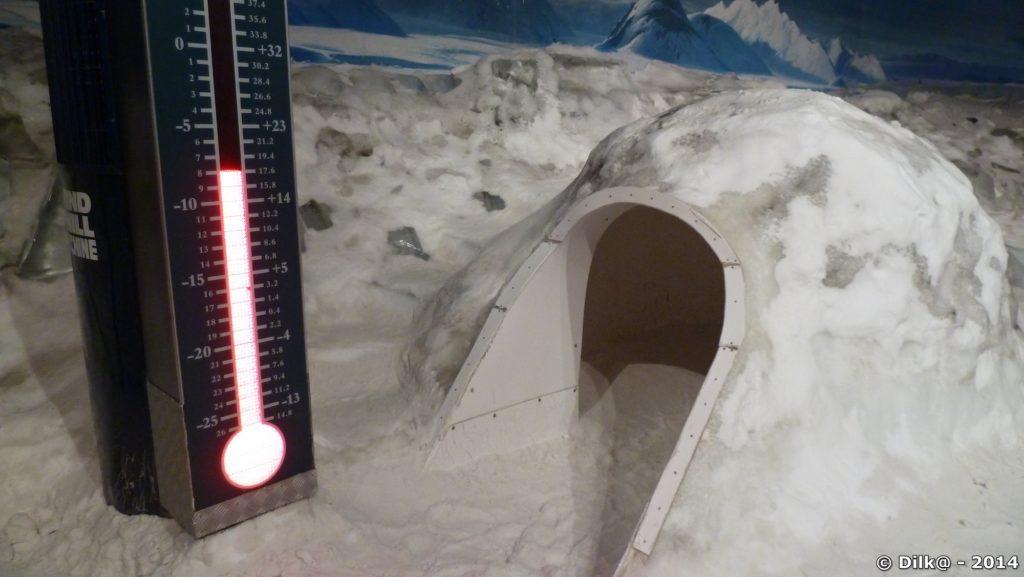 On entre par -8 et ca descend jusqu'à -18 degrés en plein blizzard !