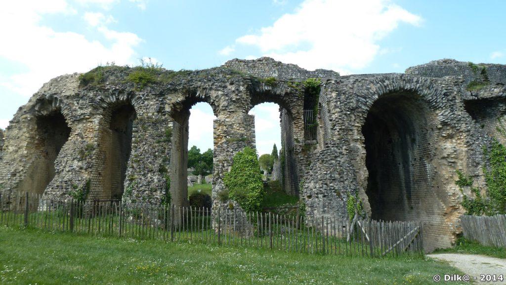 Les vestiges de l'amphithéâtre gallo-romain de Saintes