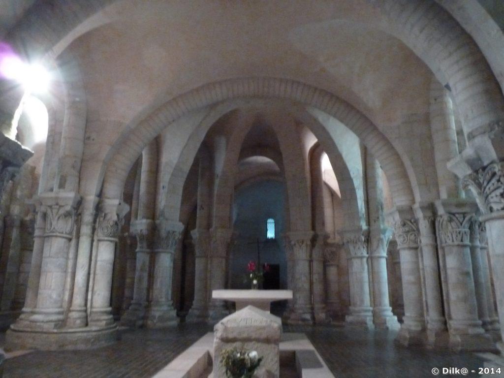 La crypte de l'église Saint Eutrope