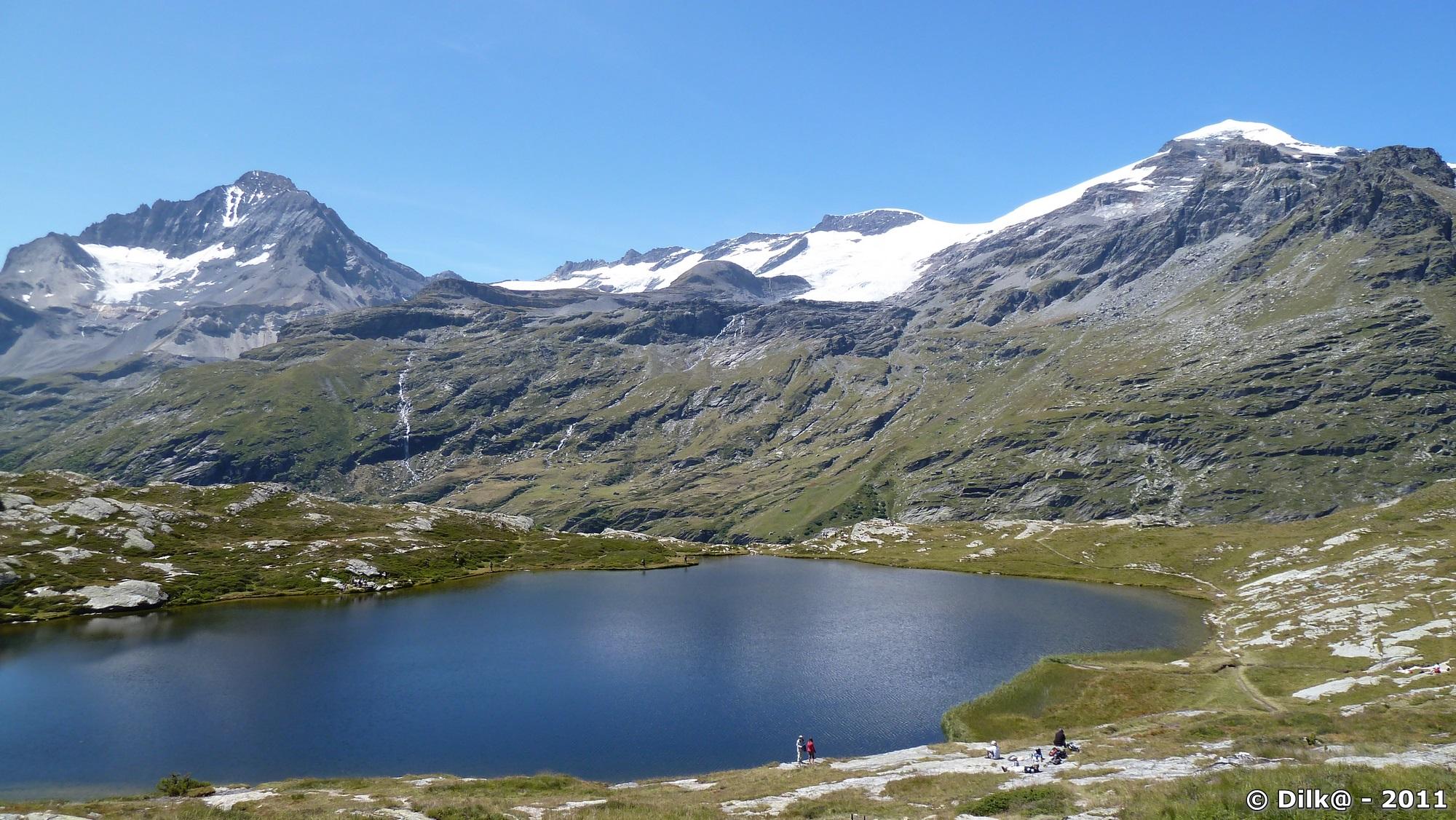 Le Lac Blanc, la Dent Parrachée et le glacier de la Vanoise