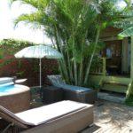 Notre bungalow et son jardin avec jacuzzi