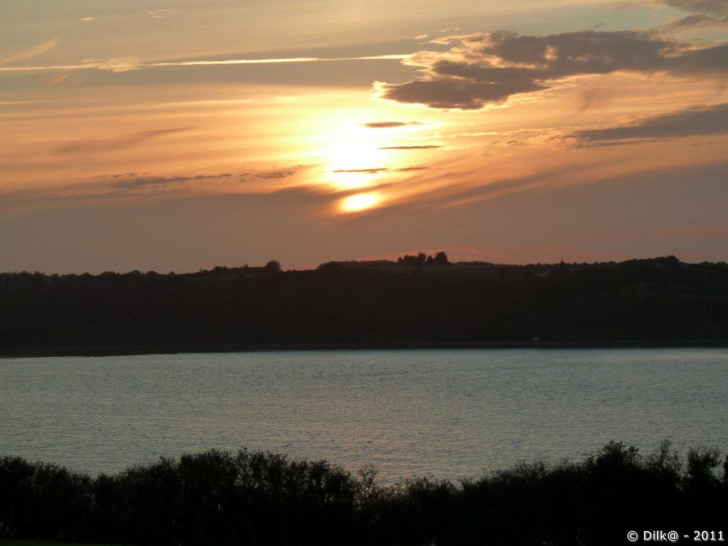 Coucher de soleil dans la Baie de Fresnaye à la Pointe Saint Efficace
