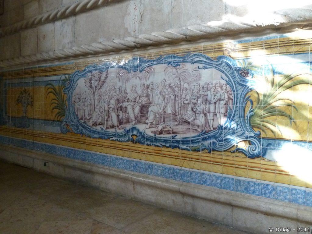 Azulejos dans le réfectoire du monastère
