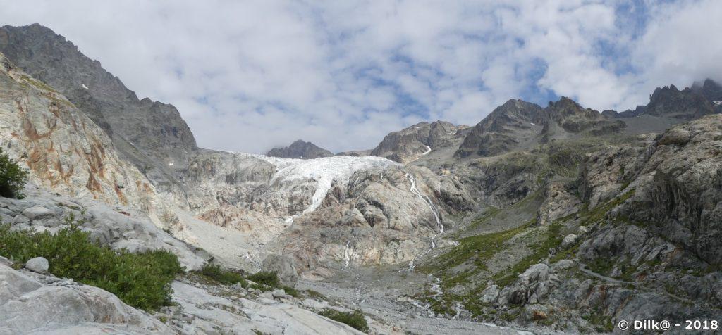 Panorama depuis le bas du Glacier Blanc (en 1995, le glacier allait jusqu'à nos pieds)