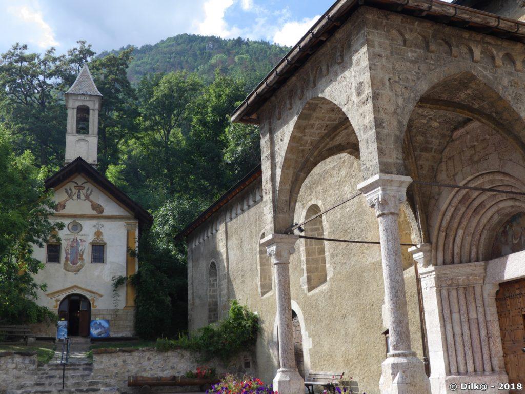 L'église et la chapelle de Vallouise