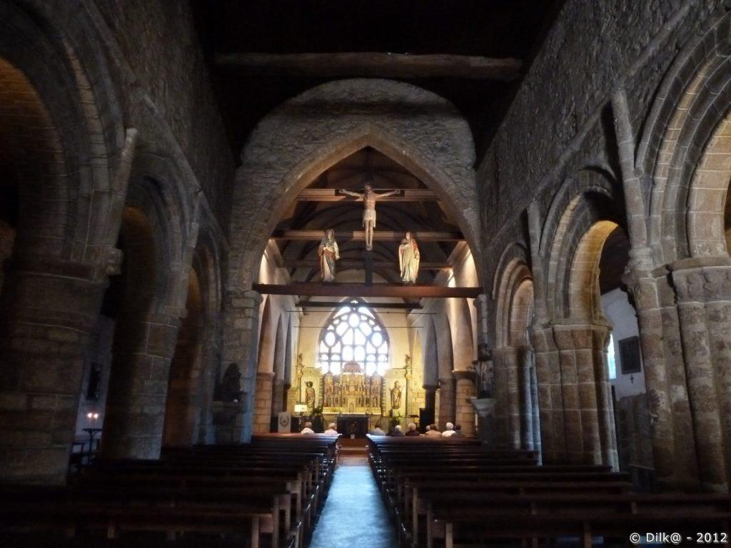 La nef de l'église Saint-Jacques