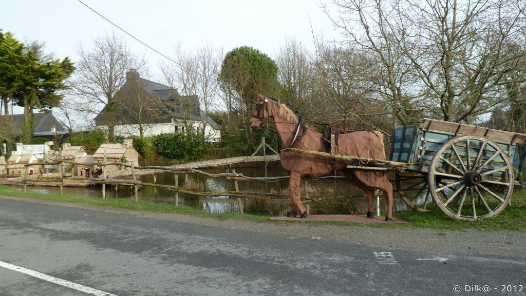 Même le cheval et sa carriole sont présents