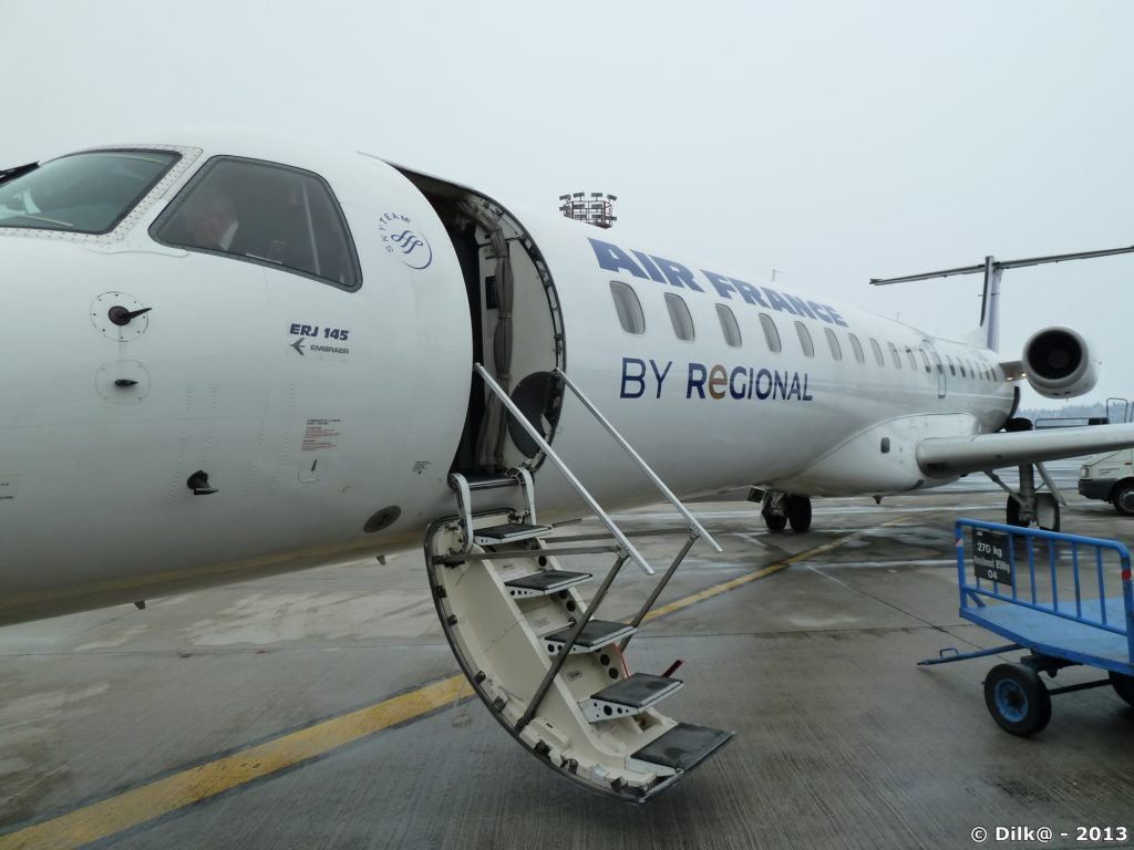 Notre avion pour la Slovénie : un embraer 145