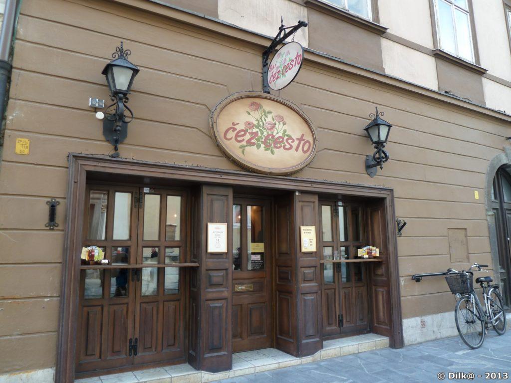 Magasin dans les rues piétonnes de Ljubljana