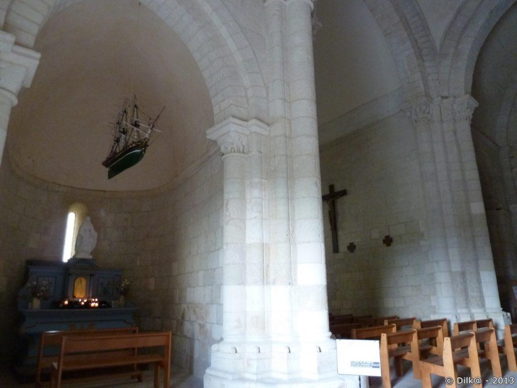 L'intérieure de l'église de Talmont