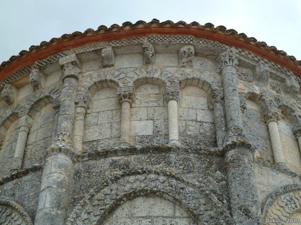 Détail de l'église de Talmont