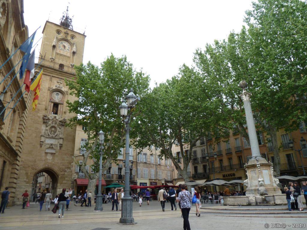 Place de la Mairie et de la Poste