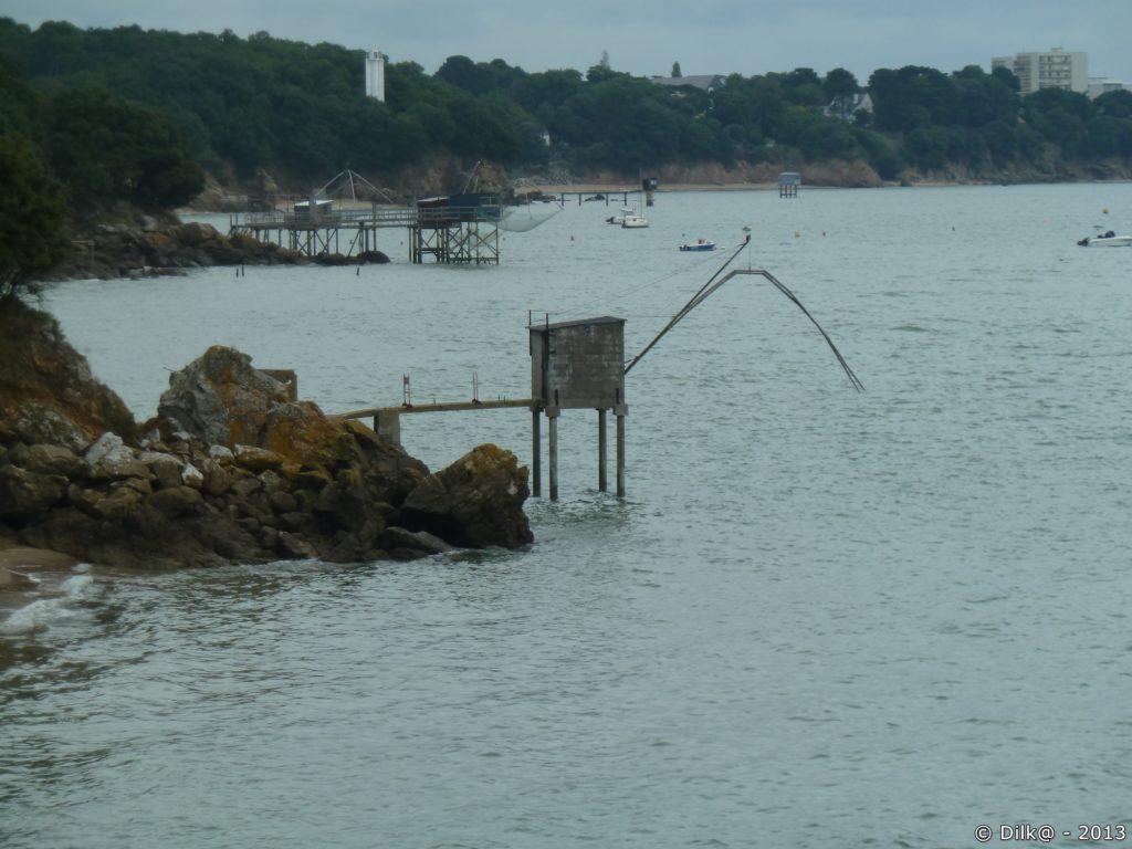 Les pêcheries sont nombreuses le long de la côte