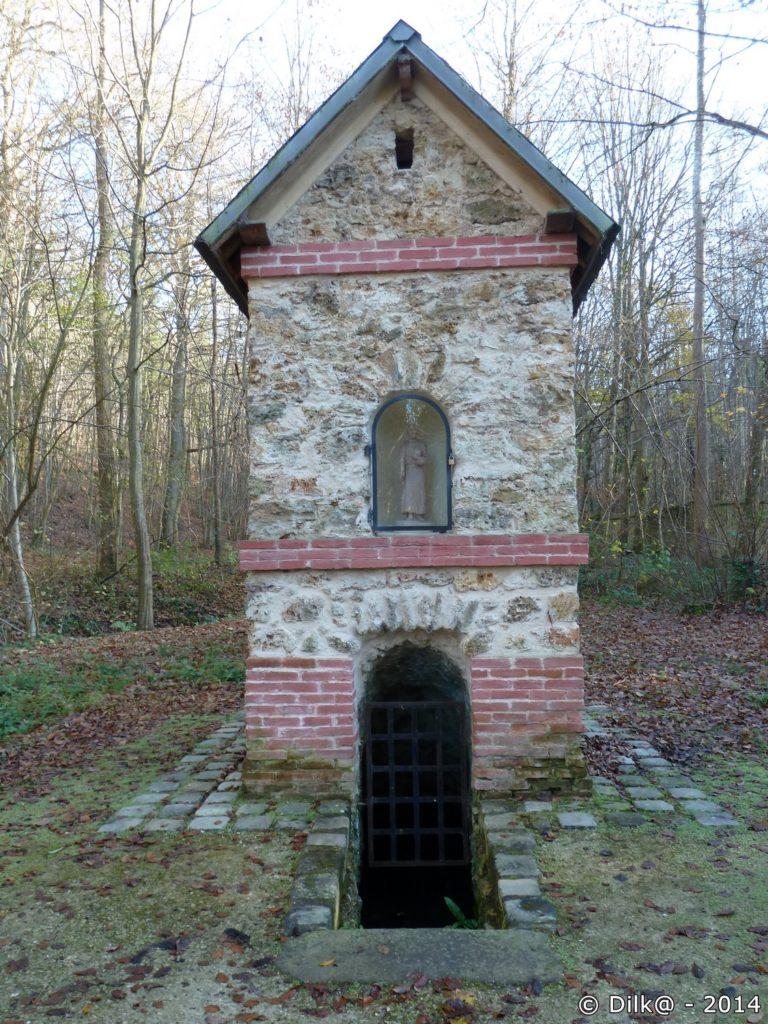 La fontaine Saint-Paul à Choisel