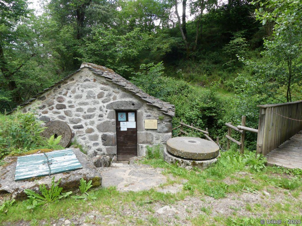 Le moulin à eau de Nierveze