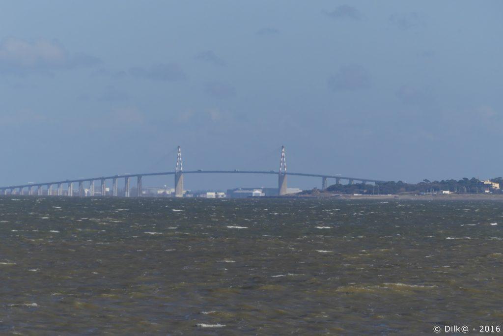 Le pont de Saint-Nazaire vu de Port Giraud
