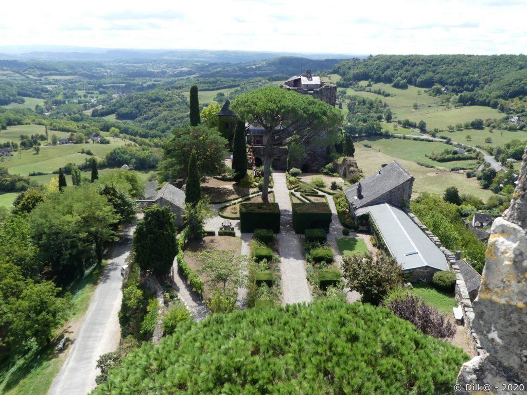 Le jardin du château vu depuis la tour César