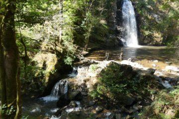La Grande Cascade (13 mètres) dans les gorges de la Franche-Valeine