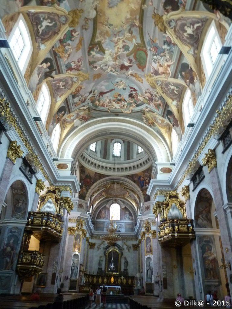 L'intérieur de la cathédrale Saint-Nicolas