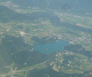 Le lac de Bled vu de l'avion qui nous ramène en France