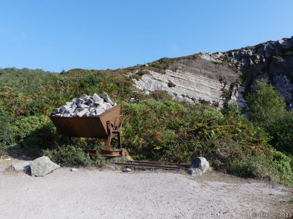 Wagonnet pour acheminer le grès jusqu'au port d'Erquy en contrebas