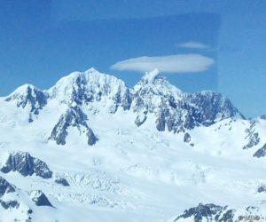 Les sommets des Alpes du Sud vus d'avion