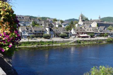 Le quai Lestourgie et ses maisons de gabariers