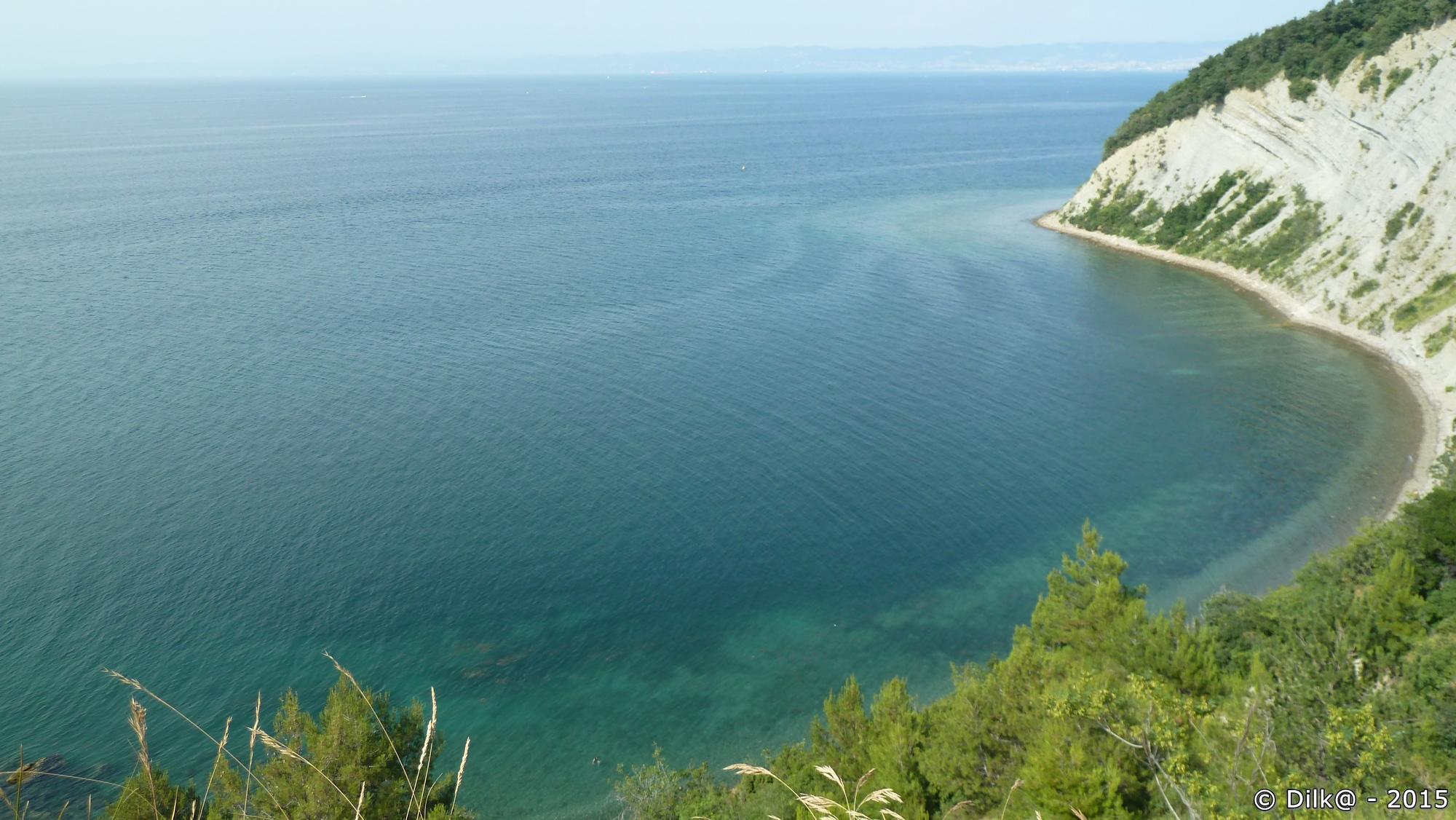 La côte de Strunjan et au loin, la côte italienne