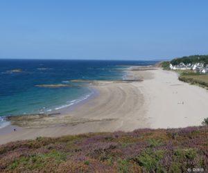 Les plages de sable fin se succèdent à Sables d'Or les Pis
